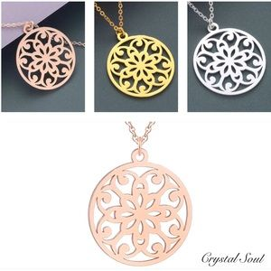 Just In🧘‍♀️StainlessSteel Flower Mandala Necklace